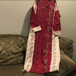 Beautiful Embroidered Abaya dress size M NWTBoutique for sale